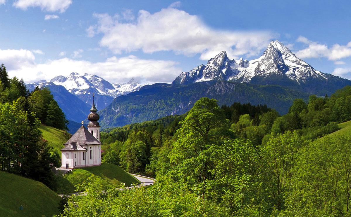 Wallfahrtskirche Maria Gern mit Watzmann