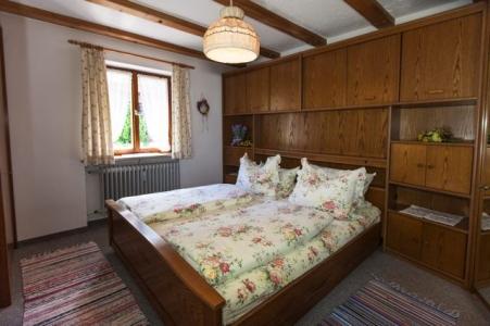 Ferienwohnungen Grill Schlafzimmer Wohnung Anita 1